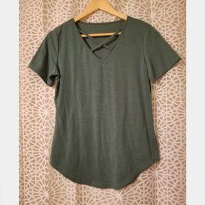 Green criss cross short sleeve top sm /med
